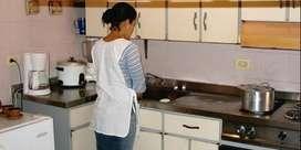 Busco Cocinero-Cocinera para casa de familia