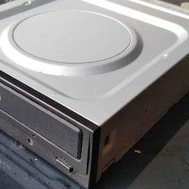 Caja para Discos Cd O dvd de escritorio para la Cpu de tu Pc Se vende con Cable Sata y instalamos