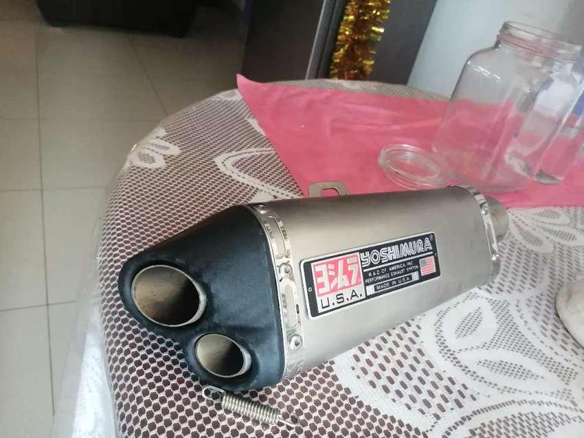 Tubo de escape para moto Yoshimura 0