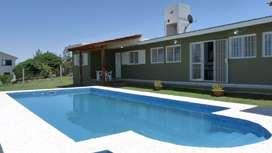 rs06 - Casa para 4 a 6 personas con pileta y cochera en Villa Santa Cruz Del Lago
