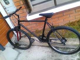 Vendo bicicleta aro 26 precio negosiable