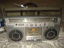Radiograbador Toshiba Vintage Bombeat 8 Rt S713d No Envio