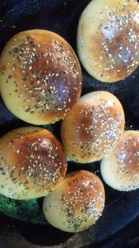 Pan de Pebetes,chips Y Hamburgesas