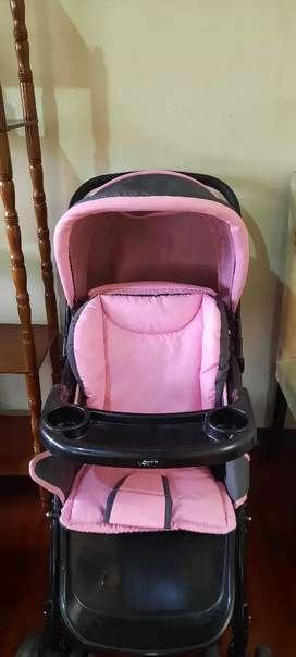 Vendo coche para bebe marca born rosado