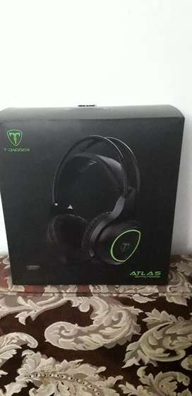 Se vende audifonos t-dagger gamer atlas.