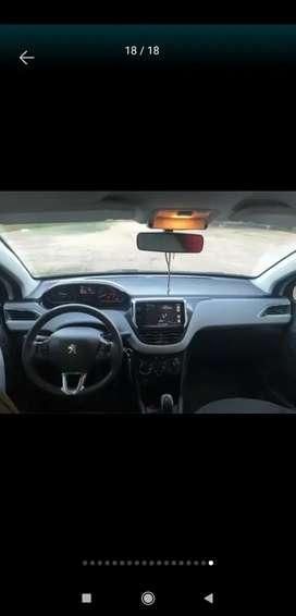 Vendo Peugeot 208 ALLURE NAV 1.5 2014