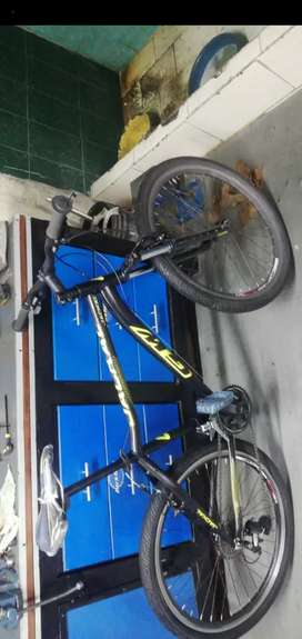 Vendo o cambio bicicleta todo terreno GW jackal RIN 26 TALLA M