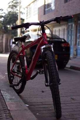 Bicicleta GW deimos