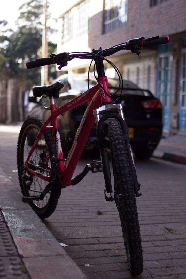 Bicicleta GW deimos 0