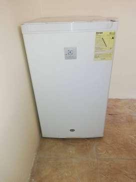 Refrigerador de segunda uso un año