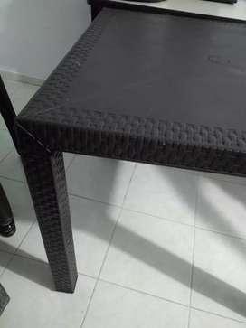 Vendo mesa y silla Rimax