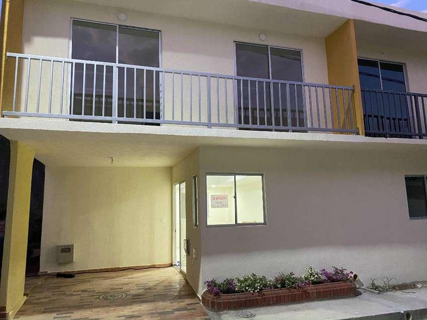 Se arrienda casa NUEVA en conjunto cerrado - 2 pisos - 3 habitaciones - La Coruña de Berdez