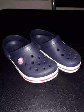 Crocs Talle 10 c 11 (28/28)