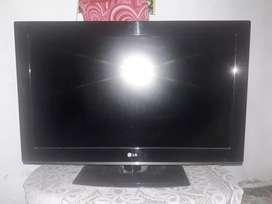 Televisor LG 37P
