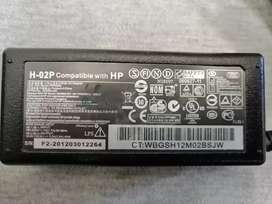 Cargador Portátil HP Modelo H-02P Output 18.5V~3.5 A