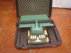 Maquina Brille De Escribir Antigua