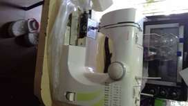 Maquina de coser TOYOTA STF27
