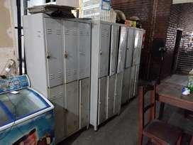 Lockers de 6 y 4 casilleros