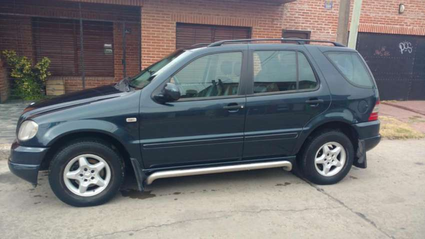 Vendo Mercedes Benz Ml 270 0