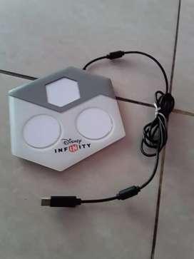 Vendo base usb  Disney Infinity para Play 3 a quince dolares Soy de Guayaquil y hago envíos