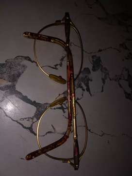 Vendo marco de anteojo alpaca para niña