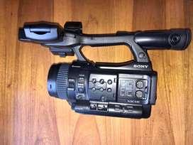 Videocámara Sony PMW-100 como nueva