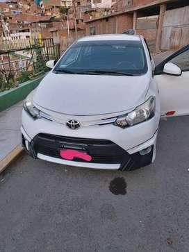 Vendo Toyota Yaris full
