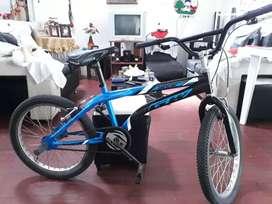 Bicicleta GW Lancer,  Perfecta para navidad ( Negociable)