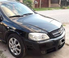 ASTRA GLS 2.0 2010 IMPECABLE (UNICO)