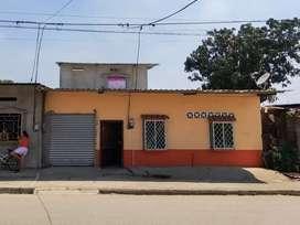 Se vende casa en la ciudad de Ventanas en la parroquia 10 de noviembre, cerca del Cibv (negociable).