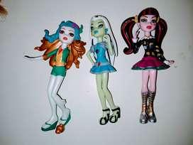 Muñecas Monster High== lote 3 alto 12cm