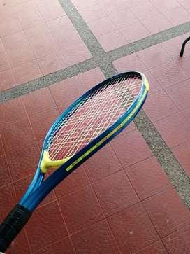 De vende raqueta de tenis para niño o principiantes