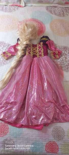 Disfraz de Rapunzel, para niña de 3 años.