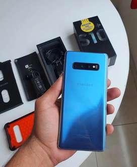 Samsung Galaxy S10 plus como nuevo leer