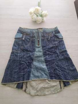Falda en jean de Sisley impecable