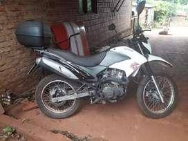 vendo o permuto zanella 250cc modelo2018