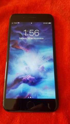 Iphone 7 plus en perfecto estado con estuche antigolpes camuflado