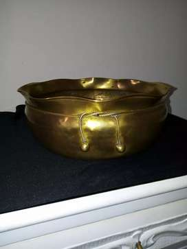 Vendo olla decorativa  bronce