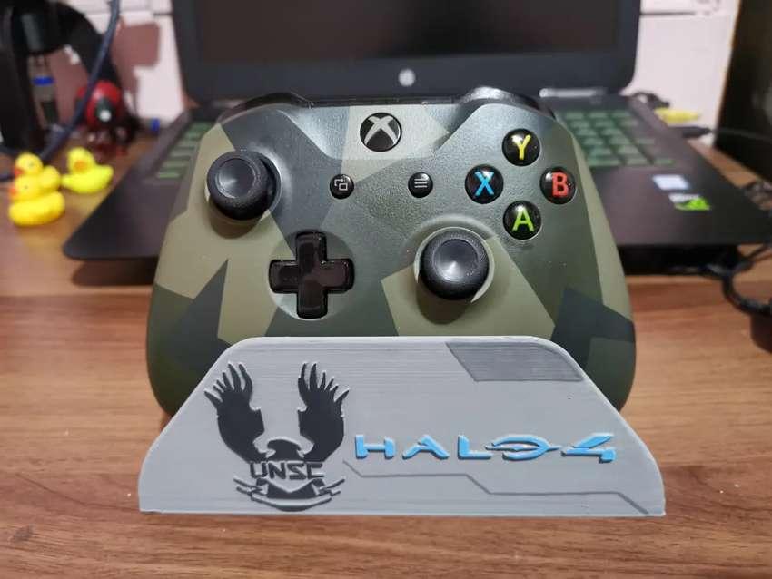 Soporte para controles de xbox one versión halo 4 0