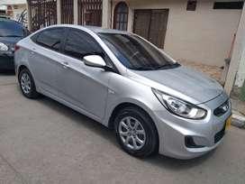 Hermoso Hyundai i25 2014