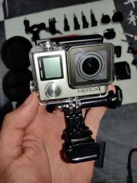 Gopro Hero 4 black + micrófono externo + cargador dual