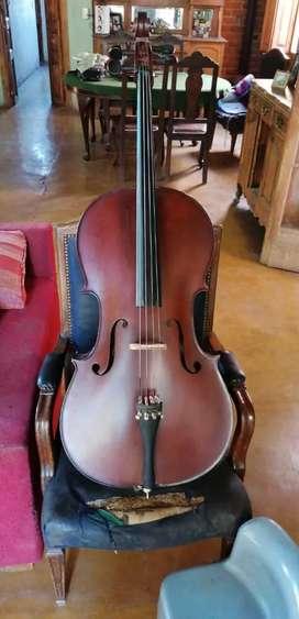 Se vende violoncello