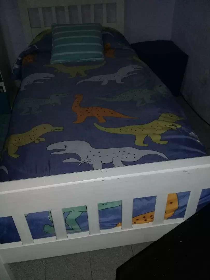 Vendo cama de una plaza 0