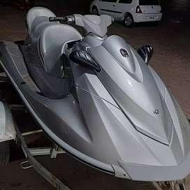 Moto de agua triplaza Yamaha VX Cruiser 1100 4t 110HP 2013 67hs
