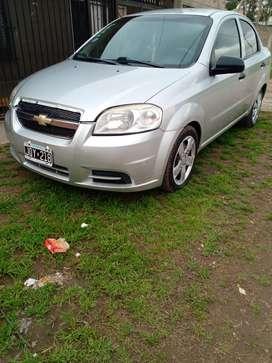 Aveo gris 2011 5 puertas