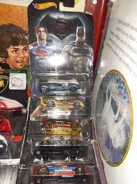 Coleccion 8 carros hotwells superhéroes