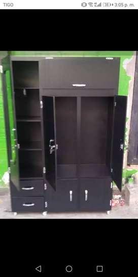Vendo closet con solo 1 mes de uso