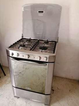 Cocina Mabe con horno