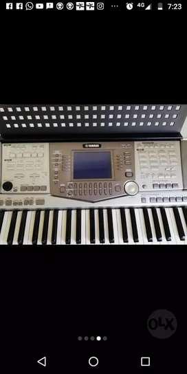 Organeta Yamaha psr 2100
