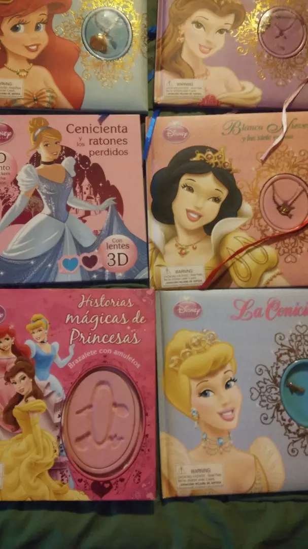 Coleccion princesas disney con amuleto collar 0